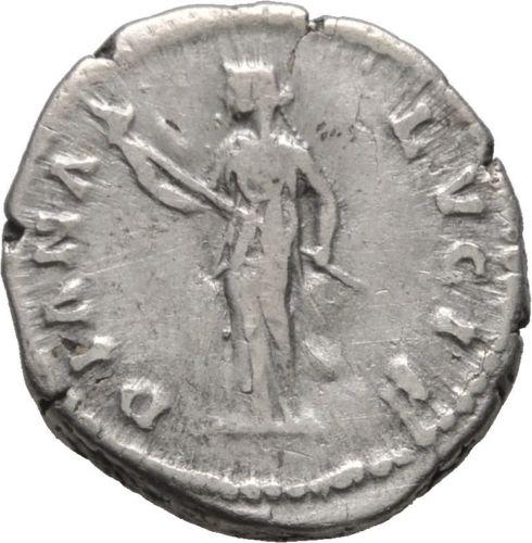 Roman Imperial, Faustina II, Denarius - Rev