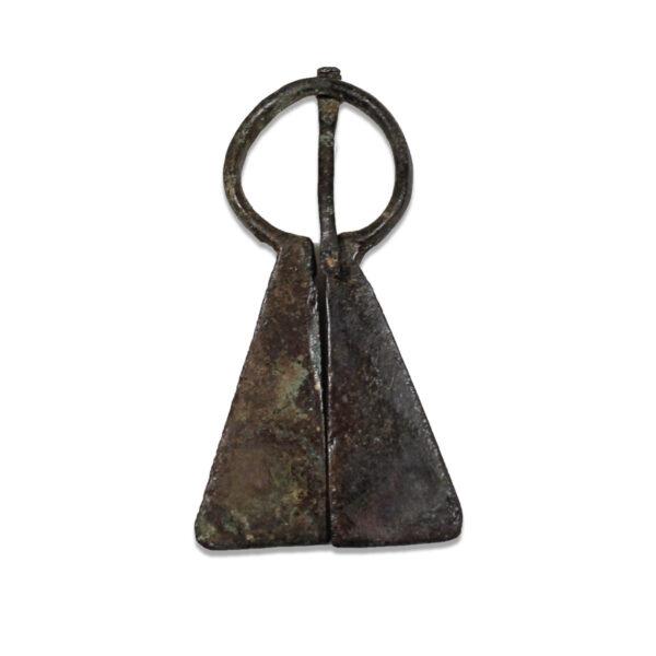 Viking mordvinian-type omega brooch