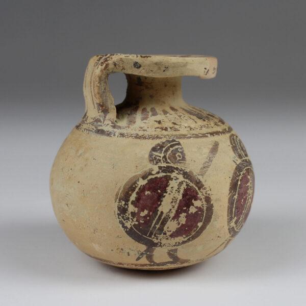 Greek aryballos with hoplites