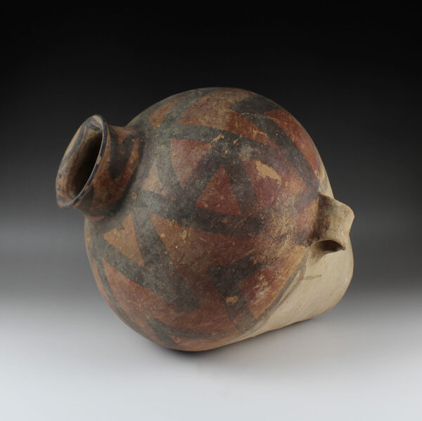 Chinese ovoid pot