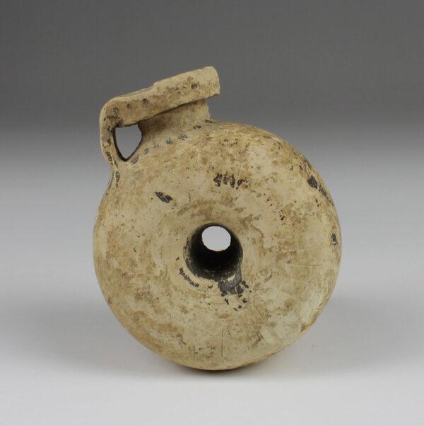 Greek ring aryballos