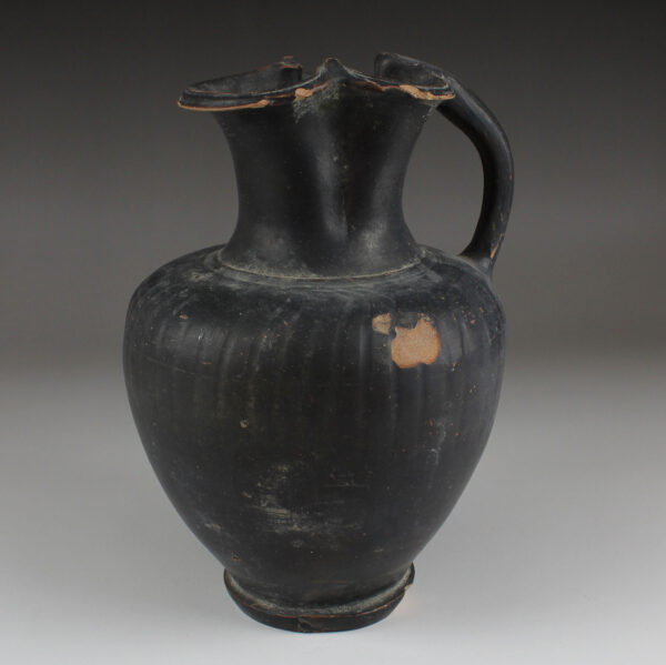 Etruscan oinochoe