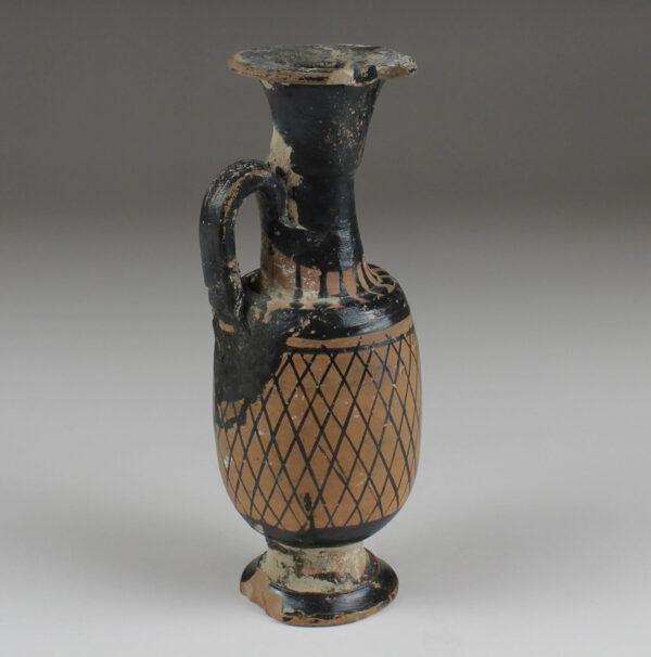 Greek lekythos with net pattern