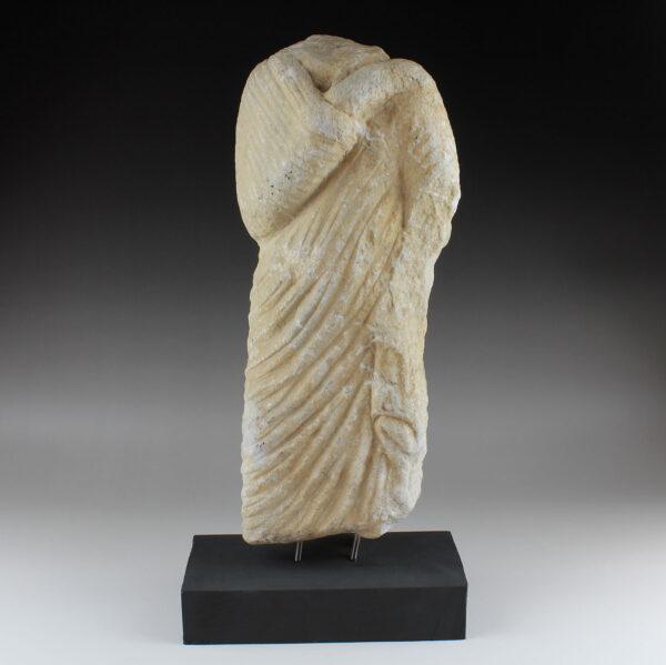 Roman statue of a Togatus