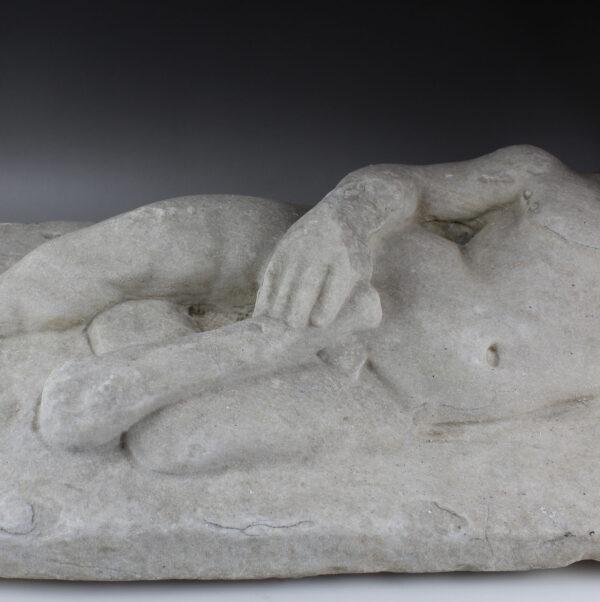 Roman sarcophagus lid with Hercules